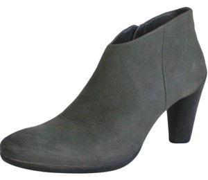 Ecco olive green Boots