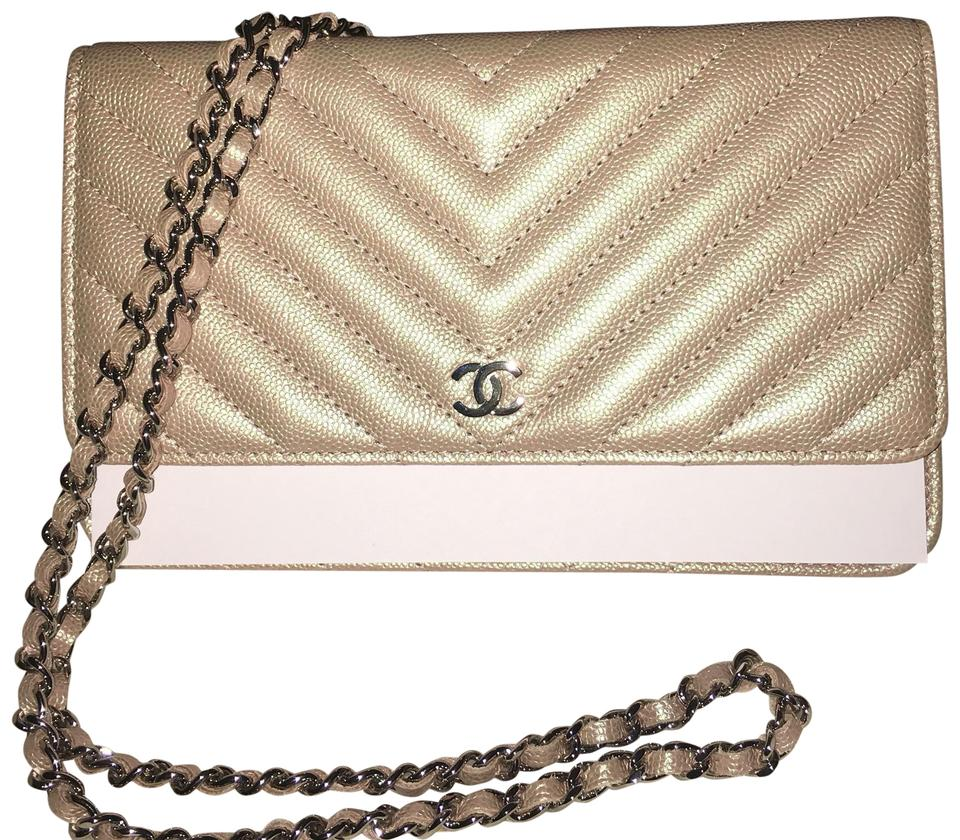 967e80199f79 Chanel Wallet on Chain Iridescent Limited Edition Rose Gold Light ...
