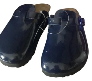 Birkenstock dark blue patent leather Mules