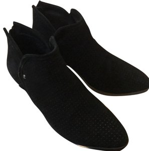 Adam Tucker black Boots