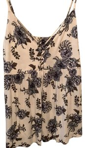 American Eagle Outfitters Top White floral