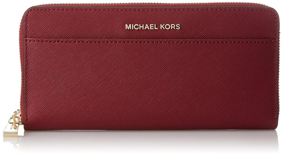 e089d5a7dcce1f Michael Kors Michael Kors Mercer Pocket Zip Mulberry Leather Continental  Wallet Image 0 ...