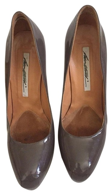 Item - Grey Patent Leather Pumps Size US 9 Narrow (Aa, N)