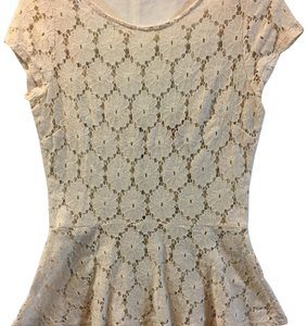 Eyeshadow Lace Peplum Fitted Romantic Top Off-white