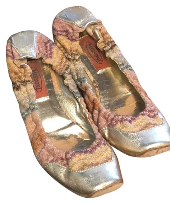 Item - Pale Gold Leather Detailing with Multi Colored Fabric. Squishy Flats Size EU 40 (Approx. US 10) Regular (M, B)