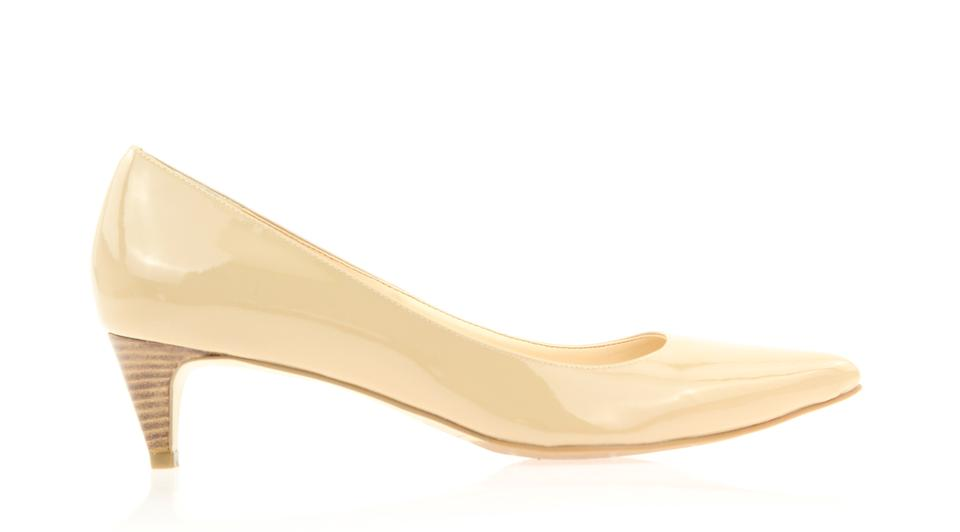 a1ba4751a77 Cole Haan Beige Patent Leather Pumps Size US 9 Regular (M