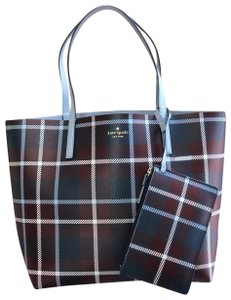 Kate Spade Reversible Large Winter Tote in plaid/cloud cover