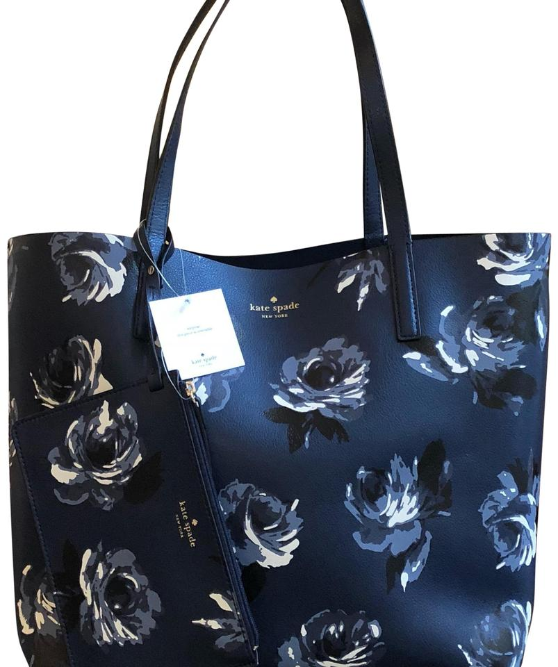 205a7747c862f Kate Spade Plaid Reversible Large Winter Tote in navy floral Image 0 ...
