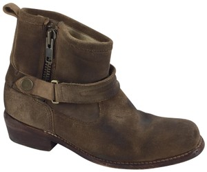 Bed|Stü Camel Mules
