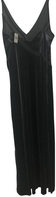Preload https://img-static.tradesy.com/item/24117532/free-people-charcoal-velvet-long-night-out-dress-size-12-l-0-1-650-650.jpg