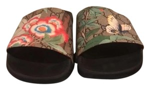 Gucci Summer18 Limited Edition Monogram Canvas tropical Sandals