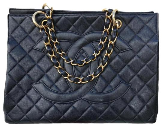 Preload https://img-static.tradesy.com/item/24118240/chanel-timeless-shopping-tote-vintage-quilted-grand-gst-w-jumbo-double-cc-logo-black-caviar-leather-0-1-540-540.jpg