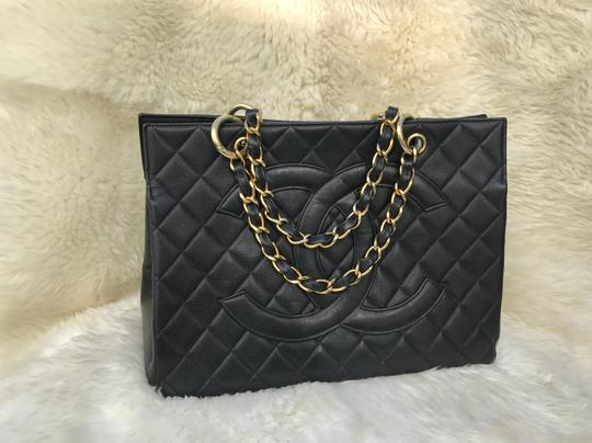 Chanel Boy Flap Maxi Medium Backpack Tote in Black Image 1