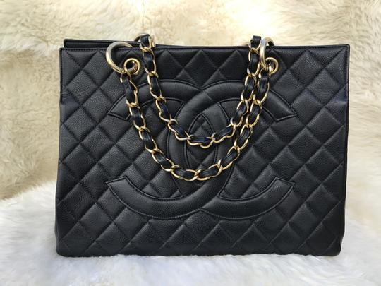 Chanel Boy Flap Maxi Medium Backpack Tote in Black Image 10