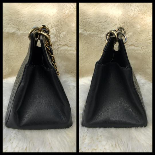 Chanel Boy Flap Maxi Medium Backpack Tote in Black Image 4