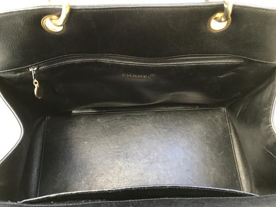 Chanel Boy Flap Maxi Medium Backpack Tote in Black Image 8