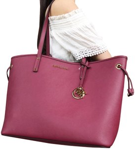 c80c3068af16 Michael Kors Tote in Mulberry. Michael Kors Jet Set Travel Large Drawstring  Mulberry Leather Tote