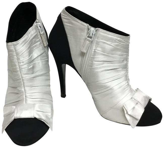 Item - White Silk with Black Toe Cap and Bows Boots/Booties Size EU 38.5 (Approx. US 8.5) Regular (M, B)