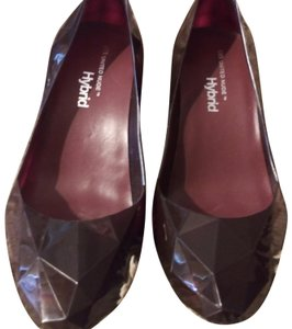 United Nude Burgundy Pumps