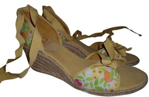 Lilly Pulitzer YELLOW Sandals