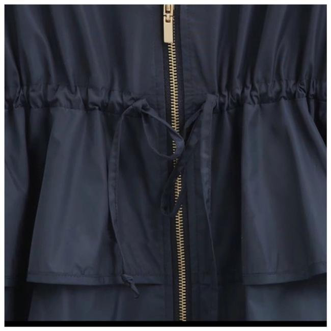 ME-Boutiques Private Label Collection Raincoat Image 3