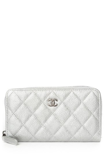 Chanel CHANEL Silver Quilted Caviar Leather Wallet Image 11