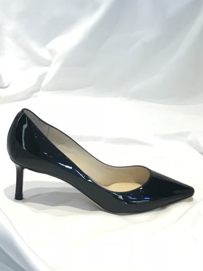 Preload https://img-static.tradesy.com/item/24125319/jimmy-choo-black-patent-irena-pumps-size-eu-355-approx-us-55-regular-m-b-0-0-540-540.jpg