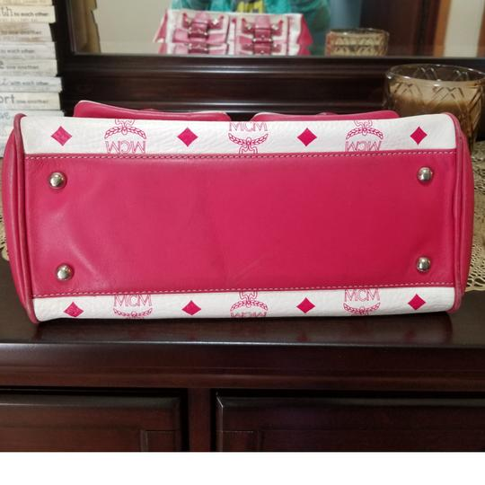 MCM Satchel in Pink, white Image 10