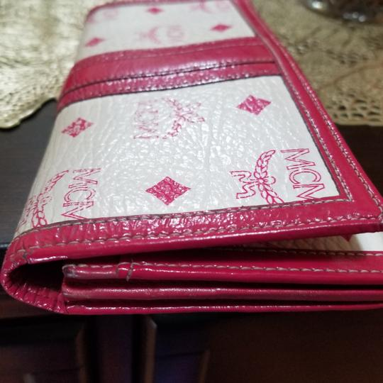 MCM Satchel in Pink, white Image 9