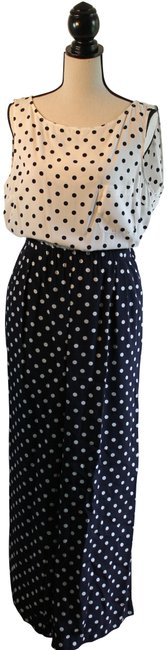 Preload https://img-static.tradesy.com/item/24125491/whit-black-and-polka-dots-131445-pant-suit-size-14-l-0-2-650-650.jpg