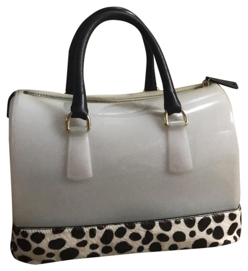 Preload https://img-static.tradesy.com/item/24125553/furla-limited-edition-jelly-dalmatian-black-and-white-rubber-leather-fur-satchel-0-1-540-540.jpg