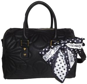 Betsey Johnson Quilted Cross Body Fabric Bow Large Satchel in black