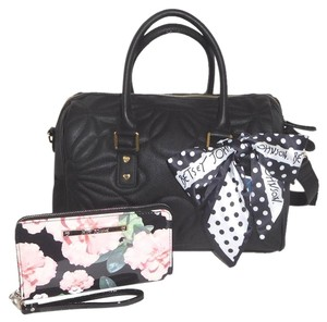 Betsey Johnson Quilted Cross Body Fabric Bow Large Wallet Satchel in black