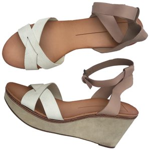 Dolce Vita beige/cream/white/tan Wedges