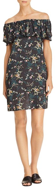 Preload https://img-static.tradesy.com/item/24125917/velvet-by-graham-and-spencer-tropicana-floral-print-off-the-shoulder-short-casual-dress-size-2-xs-0-1-650-650.jpg