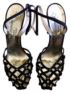 5d5a07852ed Charles Jourdan Black and Gold Vintage Heels Formal Shoes Size US ...