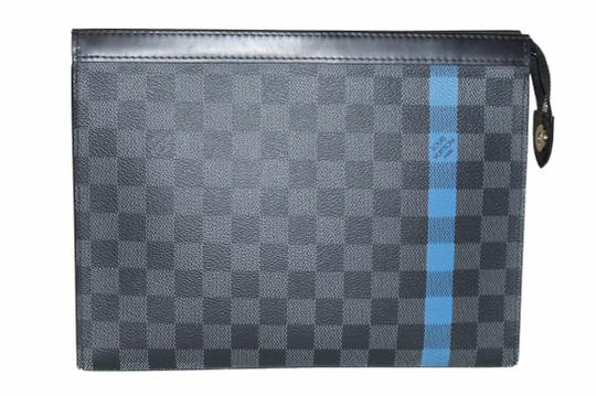 Preload https://img-static.tradesy.com/item/24126375/louis-vuitton-pochette-damier-graphite-stripe-voyage-grey-coated-canvas-clutch-0-0-540-540.jpg