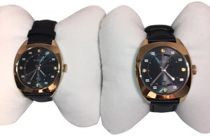 33b06f21cac Gucci Gucci men s and lady s yellow gold tone watch