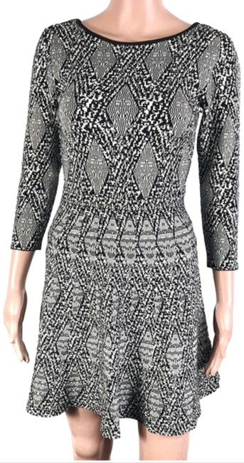 Preload https://img-static.tradesy.com/item/24127445/zara-blackgray-short-casual-dress-size-4-s-0-1-650-650.jpg