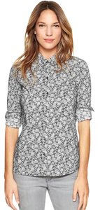 Gap Fitted Button Down Shirt Floral