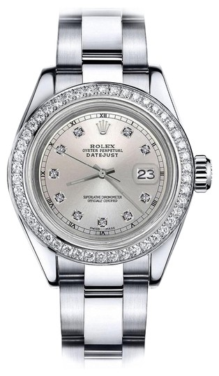 Preload https://img-static.tradesy.com/item/24128598/rolex-stainless-steel-silver-track-36mm-datejust-oyster-bracelet-watch-0-1-540-540.jpg