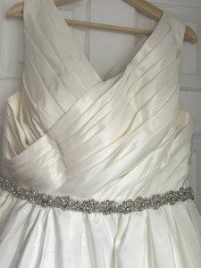 White/ Ivory Satin Lace Beads Tea Length Gown Casual Wedding Dress Size 12 (L)