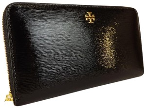 b2ab8375adf Tory Burch Clutches on Sale - Up to 70% off at Tradesy