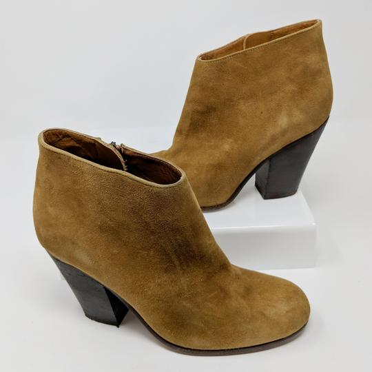 Peter Nappi Suede Leather Chunky Heel Ankle Tan Boots Image 3