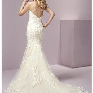 House of Wu Ivory Lace Over Light Gold Lining 18069 Feminine Wedding Dress Size 12 (L)