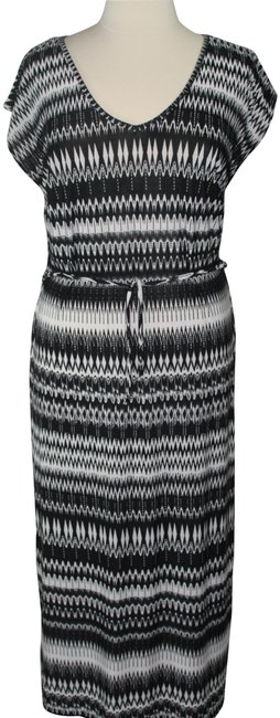 Item - Black/White Multi Long Casual Maxi Dress Size 20 (Plus 1x)