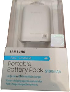 Samsung NWT Samsung fast charger portable battery pack