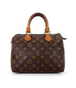 c893f45f99c9 Louis Vuitton Monogram Bags - Up to 70% off at Tradesy