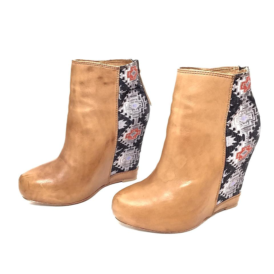 Ella Moss Camel Leather Tapestry Ankle Wedge Platform Zip Up BootsBooties Size US 7 Regular (M, B)