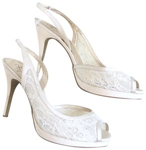 f4c6169c7df Women s White Adrianna Papell Shoes - Up to 90% off at Tradesy